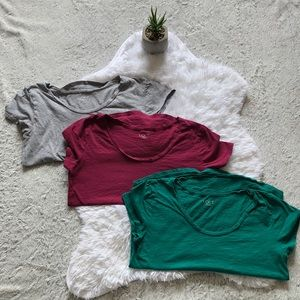 LOFT OUTLET teeshirt bundle of 3